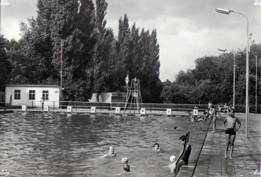 Staßfurt Schwimmbad staßfurt schwimmbad hecklinger straße 1970er jahre